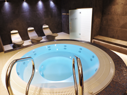 Tranquility Spa Jacuzzi